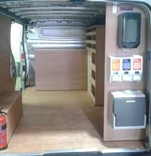 Van Shelving Nissan Primastar - Fitout